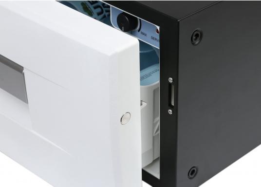 Das passt, wo sonst nichts passt! Das Einbau-Kühlschubfach CD 20bringt leistungsstarke Kompressorkühlung in beengte Raumverhältnisse, auch seitlicher Einbau möglich.  (Bild 5 von 11)
