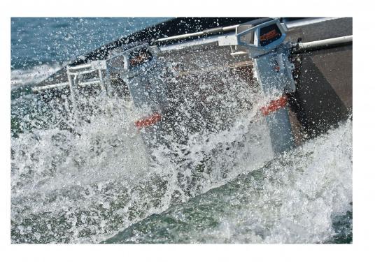 Die neue Generation des Torqeedo CRUISE 4.0 wurde für die schwierigen Herausforderungen der täglichen Nutzung entwickelt - bereit, um es mit den härtesten Umweltbedingungen aufzunehmen, beispielsweise mit Dinghies oder Segelboote bis zu 4 Tonnen. (Bild 16 von 16)