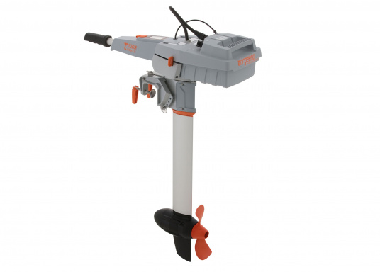 Der Torqeedo TRAVEL 1003 CL wird mit über 1000 Watt Eingangsleistung angeboten und ist in der Vortriebsleistung mit einem 3PS Benzin - Außenborder vergleichbar. (Bild 3 von 18)