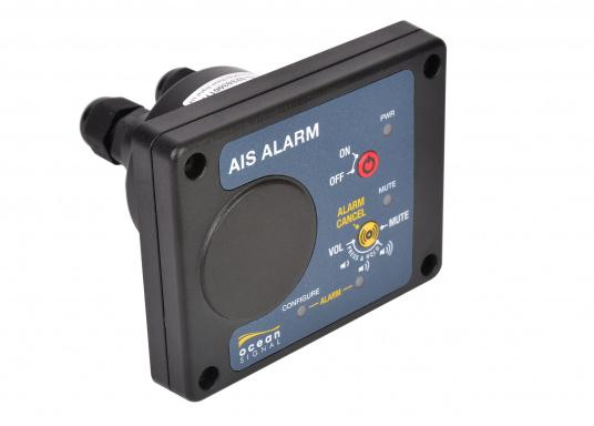 Die AIS Alarm-Box gibt bei der Auslösung einer AIS MOB oder AIS SART Meldung ein akustisches Signal, um sofortige Aufmerksamkeit und die schnellstmögliche Rettung des Besatzungsmitglieds zu gewährleisten. (Bild 2 von 4)