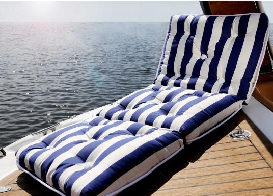 Triple coussin flottant garni en fibre kapok véritable. Enveloppe : 100% coton. Dimensions: env. 110 x 45 cm. Épaisseur : 10 cm. (Image 9 de 9)