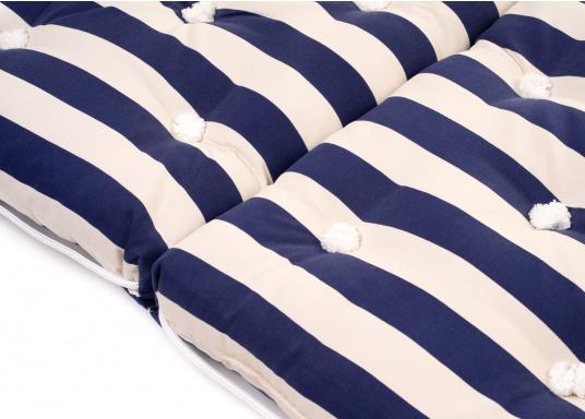 Schwimmfähiges Dreifach-Kissen mit echter Kapok-Naturfaser-Füllung. Bezug 100% Baumwolle. (Bild 4 von 9)