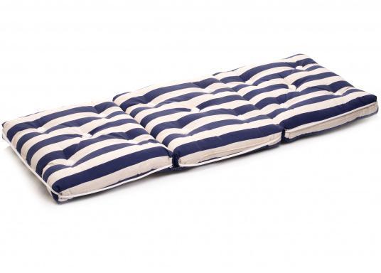 Triple coussin flottant garni en fibre kapok véritable. Enveloppe : 100% coton. Dimensions: env. 110 x 45 cm. Épaisseur : 10 cm. (Image 3 de 9)