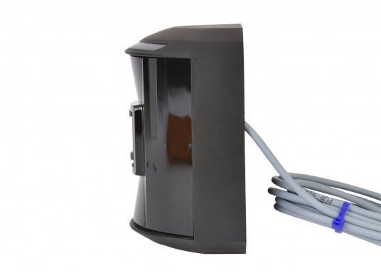 LED-Hecklaterne der Serie 44 mit schwarzem Gehäuse.Die hochqualitativen und modernen LED-Positionsleuchten der Serie 44 überzeugen mit edlem Design und ultra heller Power LED. (Bild 2 von 4)