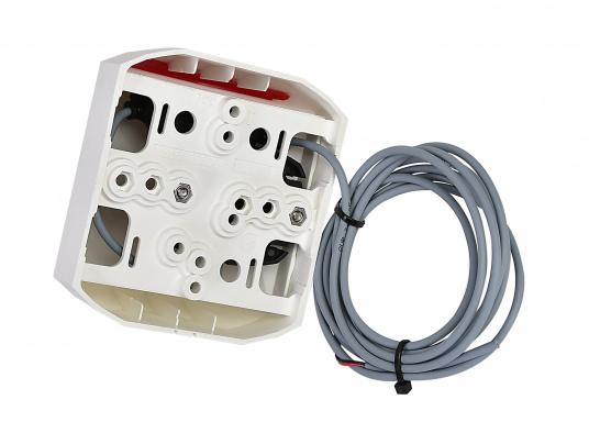LED-Backbordlaterne der Serie 44 mit weißem Gehäuse.Die hochqualitativen und modernen LED-Positionsleuchten der Serie 44 überzeugen mit edlem Design und ultra heller Power LED. (Bild 3 von 5)