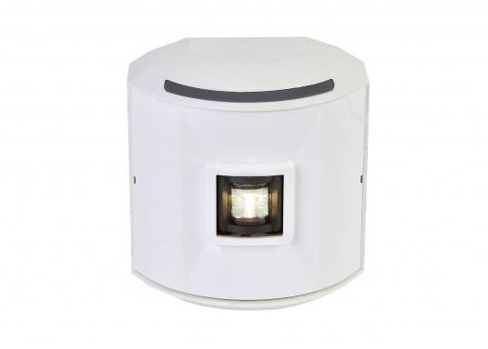 Hecklaterne der Serie 44 mit weißem Gehäuse. Die hochqualitativen und modernen LED-Positionsleuchten der Serie 44 überzeugen mit edlem Design und ultra heller Power LED.