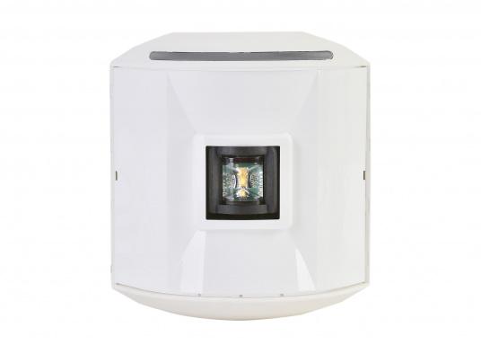 Hecklaterne der Serie 44 mit weißem Gehäuse. Die hochqualitativen und modernen LED-Positionsleuchten der Serie 44 überzeugen mit edlem Design und ultra heller Power LED. (Bild 2 von 4)