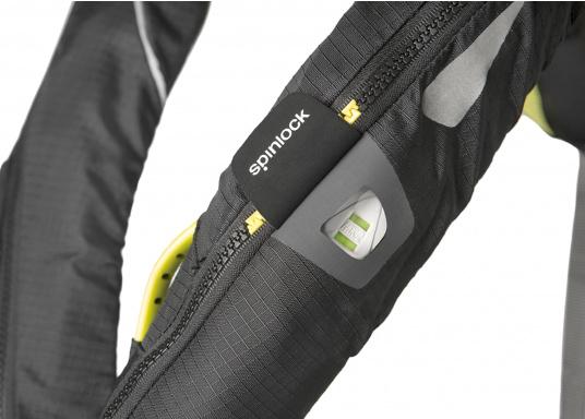 Die Spinlock Rettungsweste 5D lässt sich optimal anpassen und ist sehr leicht und bequem zu tragen. Ihr persönliches Hochleistungsrettungssystem! (Bild 6 von 10)