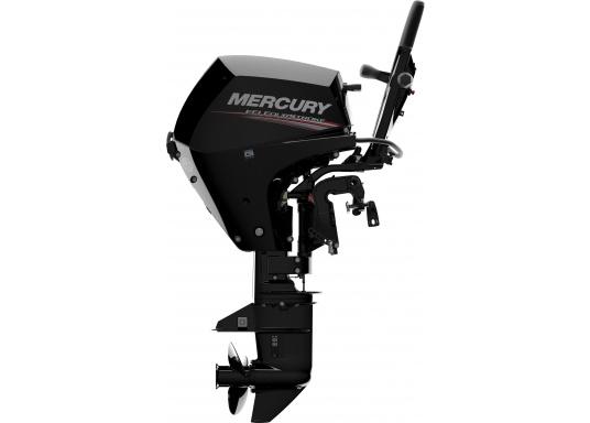 Der Außenborder F15 EFI von Mercury lässt intuitives Manövrieren für eine präzise Kontrolle zu - für eine All-in-One-Performance. Der ideale Bootsmotor. (Bild 5 von 8)