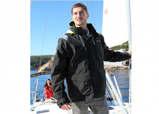 With features tested by elite offshore sailors, every detail has been carefully considered. Truly waterproof and breathable, this is foul weather protection for sailors spending a considerable amount of time on the water. (Image 6 of 6)