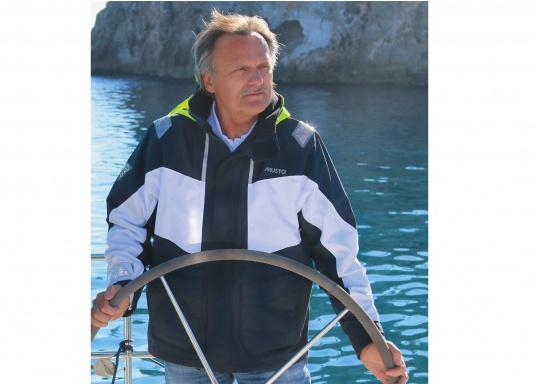 Designed for cruising sailors who spend considerable time on the water. The jacket is mesh lined and is fully waterproof and breathable. Features such as the high fleece-lined collar, a double storm flap and fleece lined pockets will enhance comfort on the water.  (Image 3 of 8)