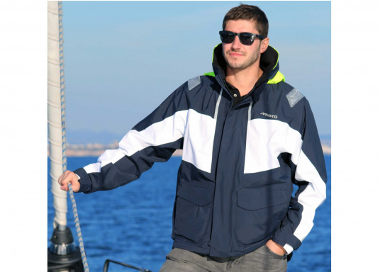 Designed for cruising sailors who spend considerable time on the water. The jacket is mesh lined and is fully waterproof and breathable. Features such as the high fleece-lined collar, a double storm flap and fleece lined pockets will enhance comfort on the water.  (Image 4 of 8)