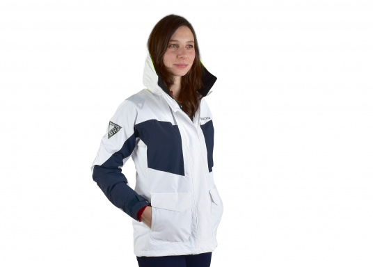 The BR2 Offshore jacket is aimed at cruising sailors who spend considerable time on the water. The jacket is mesh lined and is fully waterproof and breathable. Features such as the high fleece-lined collar, a double storm flap and fleece lined pockets will enhance comfort on the water. (Image 3 of 5)