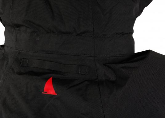 Die Sardinia Jacke ist speziell entwickelt worden, um sich bei warmen Wetter gegen Gischt und Regen zu schützen. Ideal für den Sommer und für warme Reviere. (Bild 12 von 16)