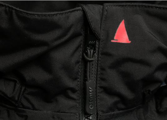 Die Sardinia Jacke ist speziell entwickelt worden, um sich bei warmen Wetter gegen Gischt und Regen zu schützen. Ideal für den Sommer und für warme Reviere. (Bild 13 von 16)