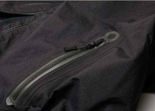 Die Sardinia Jacke ist speziell entwickelt worden, um sich bei warmen Wetter gegen Gischt und Regen zu schützen. Ideal für den Sommer und für warme Reviere. (Bild 14 von 16)