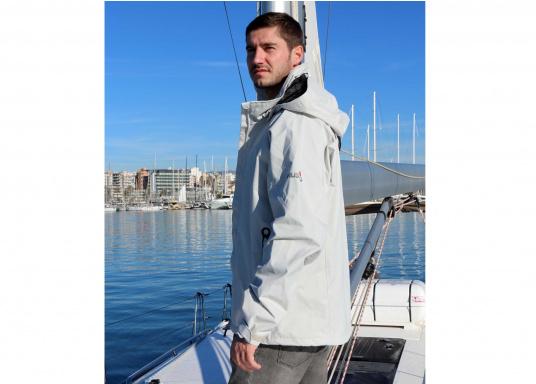 Die Sardinia Jacke ist speziell entwickelt worden, um sich bei warmen Wetter gegen Gischt und Regen zu schützen. Ideal für den Sommer und für warme Reviere. (Bild 6 von 14)