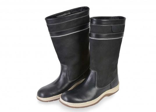 Der hochfunktionelle SEATEC-Segel-Stiefel ist ein echter Profi-Stiefel. In Komfort und Funktion ist er optimal an das Segeln in Küstenrevieren angepasst - hält aber auch harten Offshore-Bedingungen stand. (Bild 2 von 11)