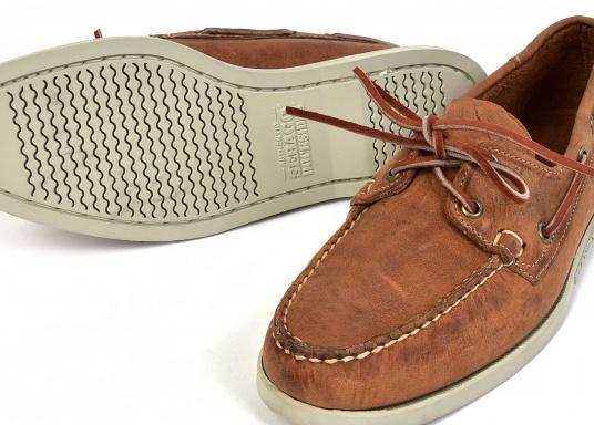 chaussure de pont homme