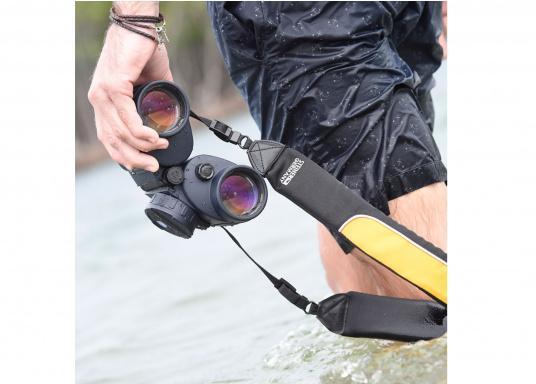 Erste Wahl für Charterer, Wassersport-Enthusiasten und Hobbysegler! Das NAVIGATOR PRO 7x50c mit Kompass ist zuverlässig, einfach zu benutzen und sehr robust. (Bild 4 von 8)