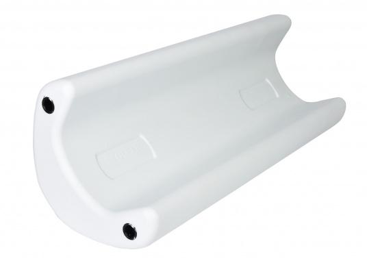 Il parabordo PVM1 del marchio Ocean è il primo e unico parabordo realizzato in materiale espanso flessibile PU e quindi non può perdere aria.