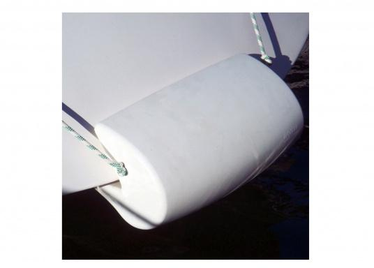 The MATCH 60 is the first universal stern fender made out of flexible PU foam. (Image 7 of 7)