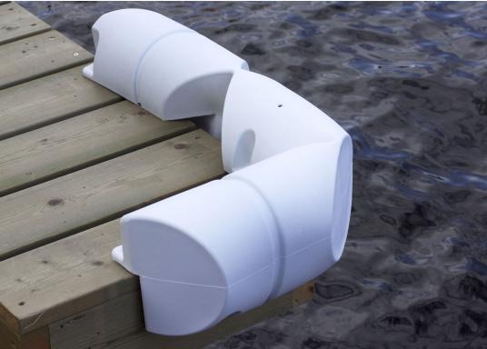 Sicheres und unbeschwertes Anlegen auch bei starker Strömung und Seitenwind. Dieser Bumperfender ist einewahre Stoßstangefür Ihr Schiff und die Steganlage.  (Bild 3 von 4)