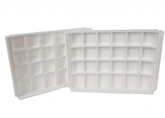 Back-To-Back Sitzbank mit Kunstlederbezug für zwei Personen mit Kunststoff-Aufbaurahmen. Die Sitzfläche lässt sich zu einer Liegefläche mit einer Länge von 166 cm ausklappen. (Bild 7 von 14)