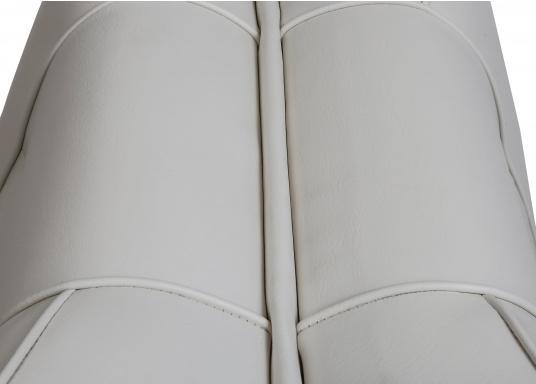 Banc dos à dos avec similicuir et cadre plastique. Deux places. La surface du banc peut être étendue jusqu'à 166 cm pour s'allonger. (Image 5 de 14)