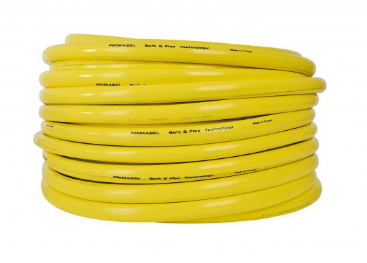 Flexibler, mehrschichtiger Wasserschlauch mit wabenförmiger Struktur. Der aus PVC bestehende Außenmantel bietet eine sehr gute UV-Beständigkeit und sorgt für ein gutes Handling.Der Schlauch ist formstabil.