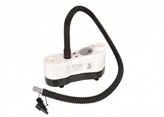 Ce gonfleur électrique est parfait pour gonfler et dégonfler : SUP gonflables, bateaux pneumatiques, bouées, défenses, matelas pneumatiques, etc. (Image 3 de 9)