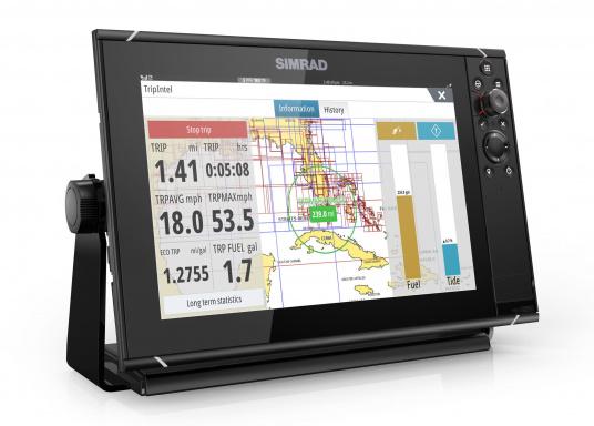 Navigieren, Kontrolle übernehmen und die enorme Funktionsvielfalt optimal ausnutzen – mit NSS evo3. Die SolarMAX™ HD-Anzeigetechnologie bietet ein außergewöhnlich klares Bild und extrem weite Sichtwinkel. Dank allwettertauglichem Touchscreen und erweitertem Tastenfeld behalten Sie unter allen Bedingungen die volle Kontrolle. (Bild 7 von 13)