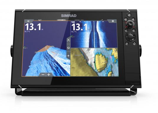 Navigieren, Kontrolle übernehmen und die enorme Funktionsvielfalt optimal ausnutzen – mit NSS evo3. Die SolarMAX™ HD-Anzeigetechnologie bietet ein außergewöhnlich klares Bild und extrem weite Sichtwinkel. Dank allwettertauglichem Touchscreen und erweitertem Tastenfeld behalten Sie unter allen Bedingungen die volle Kontrolle. (Bild 9 von 13)