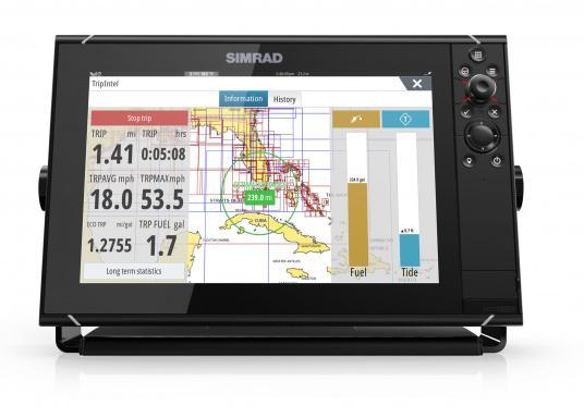 Navigieren, Kontrolle übernehmen und die enorme Funktionsvielfalt optimal ausnutzen – mit NSS evo3. Die SolarMAX™ HD-Anzeigetechnologie bietet ein außergewöhnlich klares Bild und extrem weite Sichtwinkel. Dank allwettertauglichem Touchscreen und erweitertem Tastenfeld behalten Sie unter allen Bedingungen die volle Kontrolle. (Bild 10 von 13)