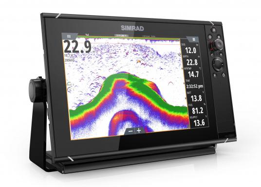 Navigieren, Kontrolle übernehmen und die enorme Funktionsvielfalt optimal ausnutzen – mit NSS evo3. Die SolarMAX™ HD-Anzeigetechnologie bietet ein außergewöhnlich klares Bild und extrem weite Sichtwinkel. Dank allwettertauglichem Touchscreen und erweitertem Tastenfeld behalten Sie unter allen Bedingungen die volle Kontrolle. (Bild 12 von 13)