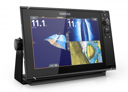 Navigieren, Kontrolle übernehmen und die enorme Funktionsvielfalt optimal ausnutzen – mit NSS evo3. Die SolarMAX™ HD-Anzeigetechnologie bietet ein außergewöhnlich klares Bild und extrem weite Sichtwinkel. Dank allwettertauglichem Touchscreen und erweitertem Tastenfeld behalten Sie unter allen Bedingungen die volle Kontrolle. (Bild 13 von 13)