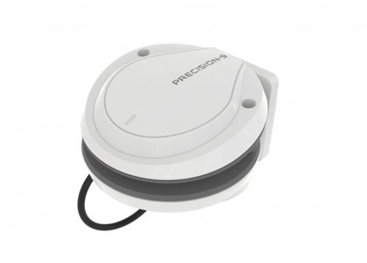 Der Precision-9-Kompass liefert über NMEA 2000® präzise Kurs- und Drehgeschwindigkeits-Informationen an Simrad Autopiloten, -Radare und -Navigationssysteme.