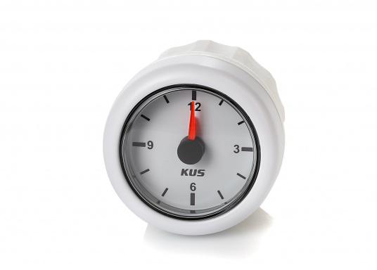 Analoge Uhr mit weißem Ziffernblatt.