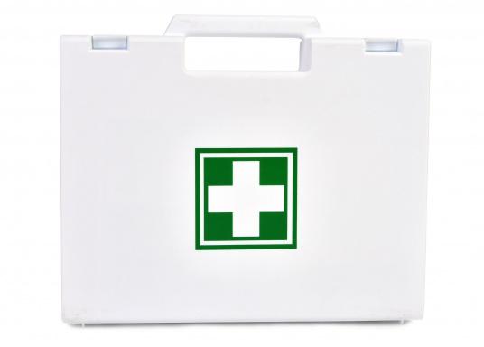 Erste-Hilfe-Koffer, der den französischen Vorschriften für das Segeln bis 6 Seemeilen von der Küste (D240 - Hauturier) entspricht.