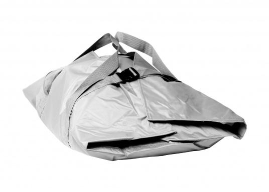 Hier bieten wir Ihnen passende Packtaschen für Ihr Seatec Schlauchboot an.