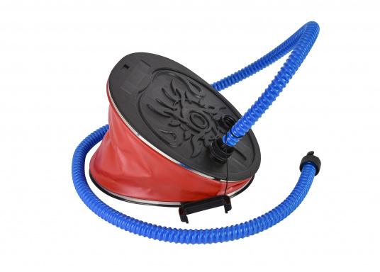 Mit dieser Standard-Fußpumpe können Sie ganz einfach Ihr SEATEC Schlauchboot aufblasen und wieder entleeren. Kompatibel mit jedem SEATEC Schlauchboot, außer das AEROTEND.