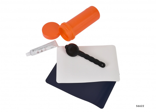 Das Stand Up Paddling Board (SUP) Reparatur-Kit beinhaltet zur schnellen Hilfe zwei große Flicken, einen PVC-Kleber und den Schlüssel für die Schlauchbootventile. Farbe der Flicken: weiß und dunkelblau.