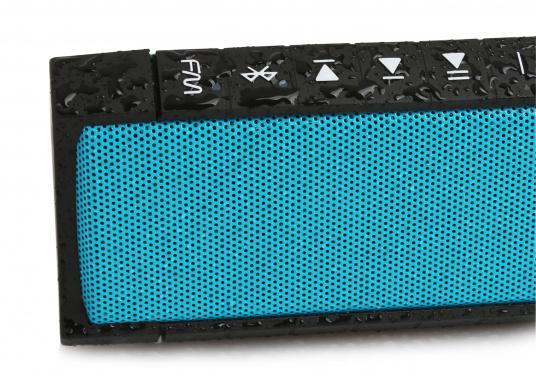 """Der vollausgestattete Funklautsprecher für all jene die sich gerne auf oder am Wasser aufhalten. Der Bluetoothlautsprecher ist Staub-, sand-, wasser-, schneedicht sowie """"Oceanproof"""" (tauchfest) und verfügt über ein eingebautes UKW-Radio! (Bild 9 von 14)"""