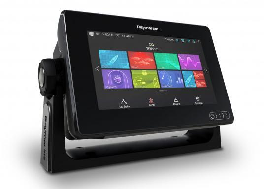 Ein leistungsfähiges neues Multifunktions-Navigationssystem von Raymarine. Mit dem neuen LightHouse 3 Betriebssystem und der glänzenden schnellen Quad-Core-Performance, wird Axiom Ihre Zeit auf das Wasser verändern. (Bild 2 von 11)