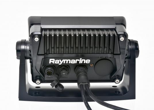 Ein leistungsfähiges neues Multifunktions-Navigationssystem von Raymarine. Mit dem neuen LightHouse 3 Betriebssystem und der glänzenden schnellen Quad-Core-Performance, wird Axiom Ihre Zeit auf das Wasser verändern. (Bild 9 von 11)