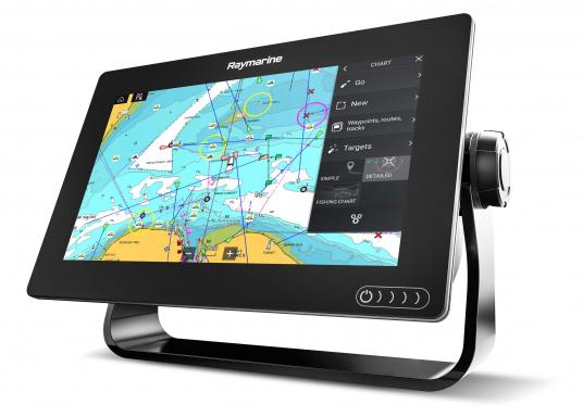 Ein leistungsfähiges neues Multifunktions-Navigationssystem von Raymarine. Mit dem neuen LightHouse 3 Betriebssystem und der glänzenden schnellen Quad-Core-Performance, wird Axiom Ihre Zeit auf das Wasser verändern. Im Lieferumfang ist eine Navionics+ Small Download Seekarte enthalten. (Bild 3 von 9)