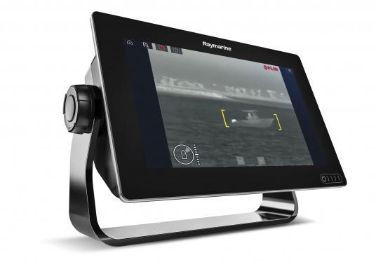 Ein leistungsfähiges neues Multifunktions-Navigationssystem von Raymarine. Mit dem neuen LightHouse 3 Betriebssystem und der glänzenden schnellen Quad-Core-Performance, wird Axiom Ihre Zeit auf das Wasser verändern. Im Lieferumfang ist eine Navionics+ Download Seekarte enthalten. (Bild 10 von 10)