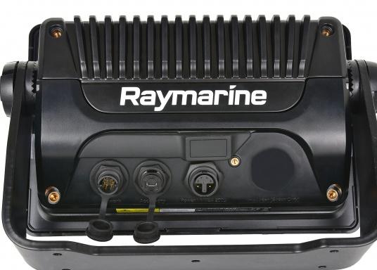Ein leistungsfähiges neues Multifunktions-Navigationssystem von Raymarine. Mit dem neuen LightHouse 3 Betriebssystem und der glänzenden schnellen Quad-Core-Performance, wird Axiom Ihre Zeit auf das Wasser verändern. (Bild 8 von 8)