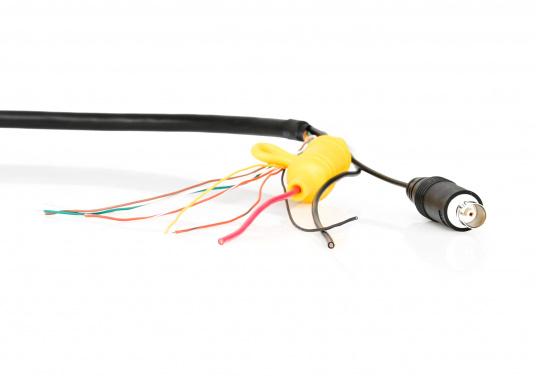Das Spannungs- und Datenkabel von Raymarine verfügt über einen geraden Stecker und unterteilt sich in Strom- und NMEA0183-Litzen. Die Länge beträgt 1,5 m. (Bild 2 von 3)