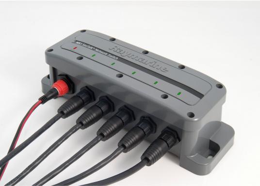 Der RayNet Netzwerkswitch (HS5) ermöglicht die Erweiterung des Netzwerks und verfügt über 5 RayNet-Anschlüsse. (Bild 2 von 3)